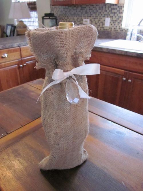 Burlap winebag 012 (600x800)