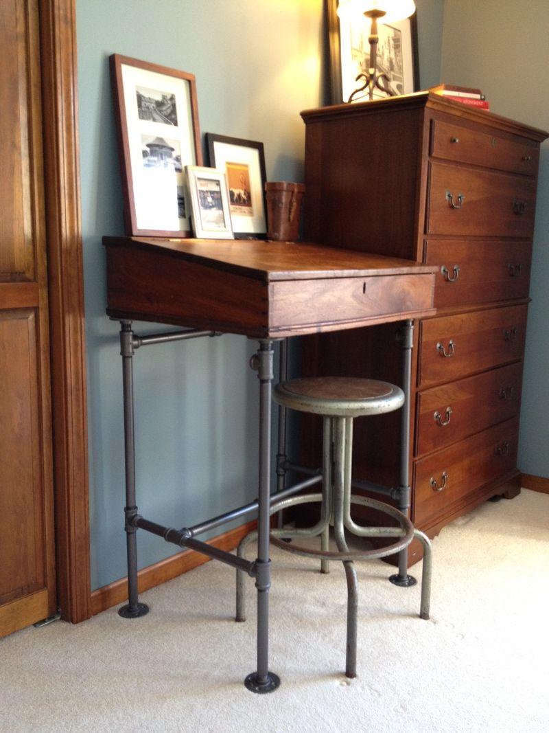 Collins desk1